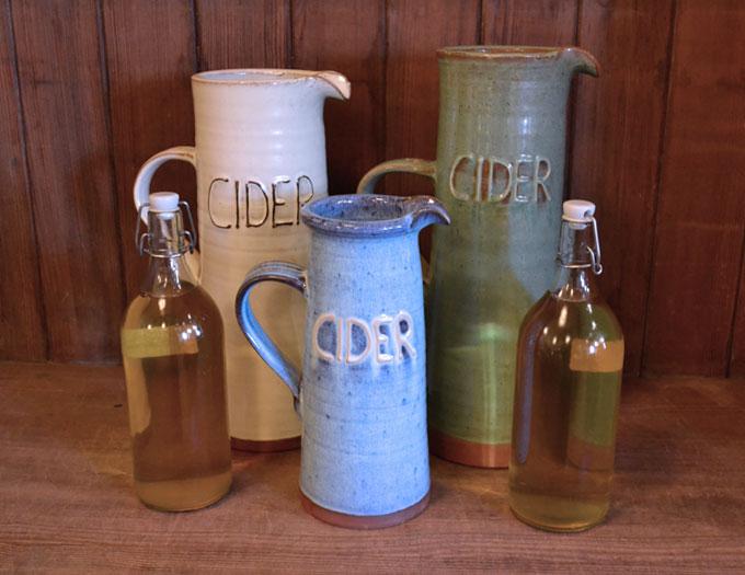 cider_jugs_group_cider_large