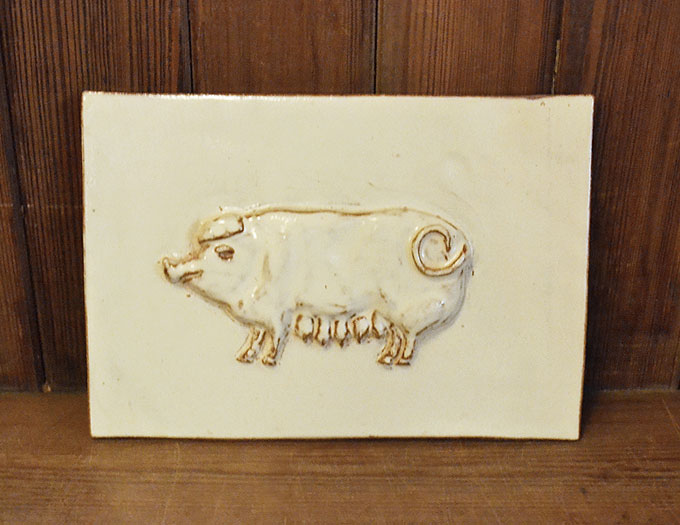pig_tile_large_cream
